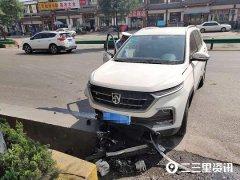 铜川男子开新车出事被拖到修理厂后车