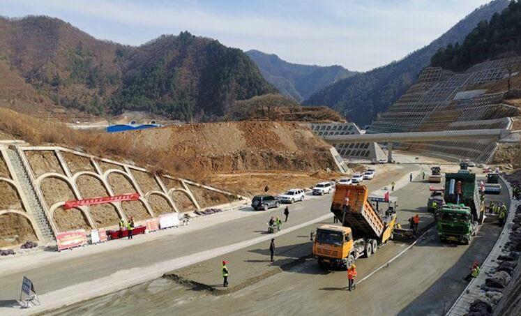 """高速公路项目陆续复工复产 宝鸡交通建设""""再加速"""""""