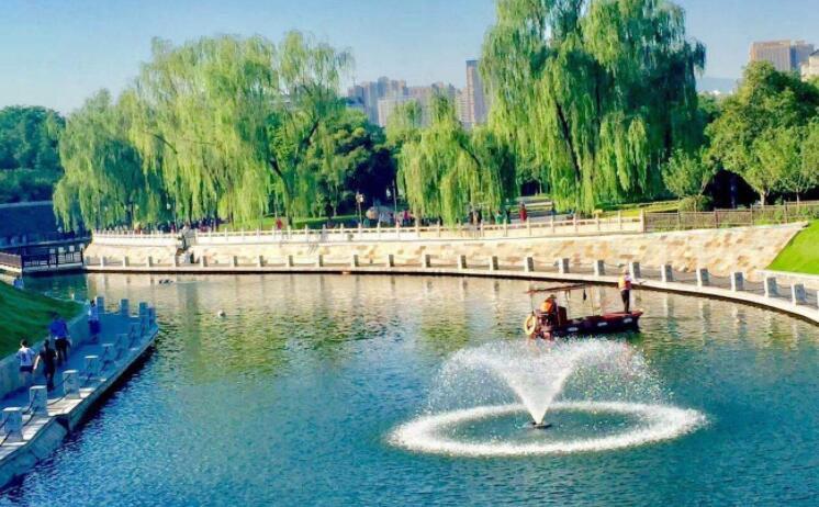 西安护城河景区全线改造完工 国庆假期