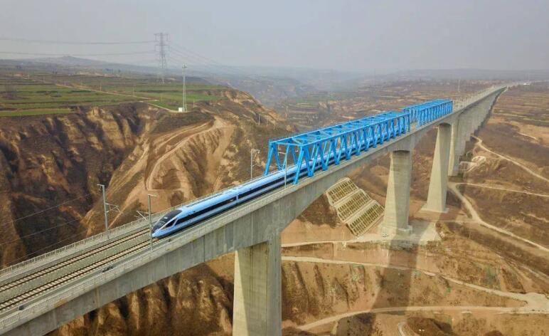 银西高铁开通:高铁连接陕甘宁 老区振兴再提速
